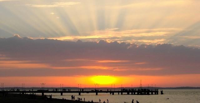 sunset-on-the-sea-FI P1stL